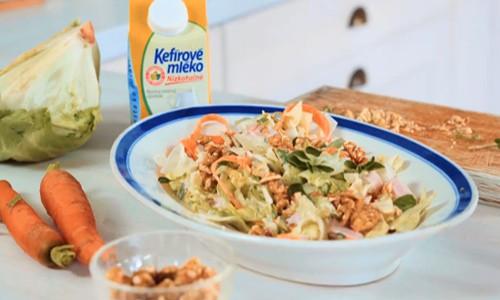 Salát s kefírovým mlékem
